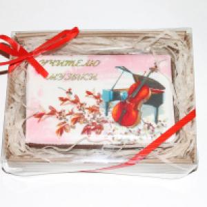 Пряник-открытка Учителю Музыки 13 см